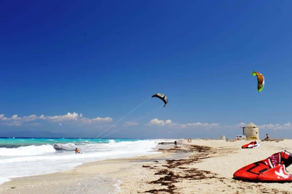 Ai Giannis Kitesurfing (2)