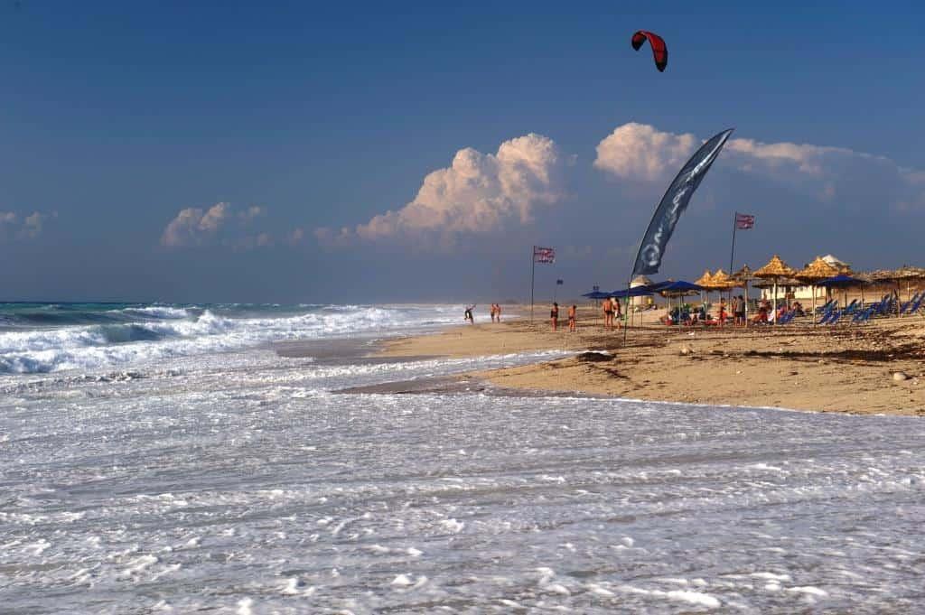 Ai Giannis Kitesurfing