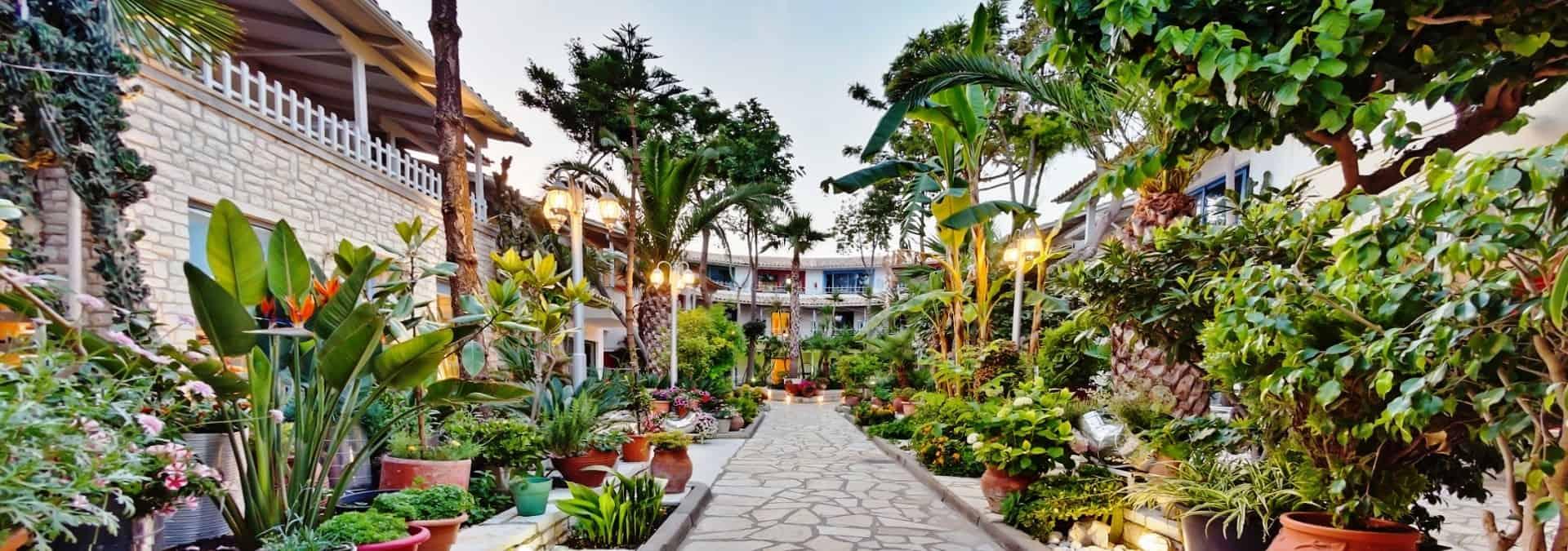 Rouda-Bay-Garden-1