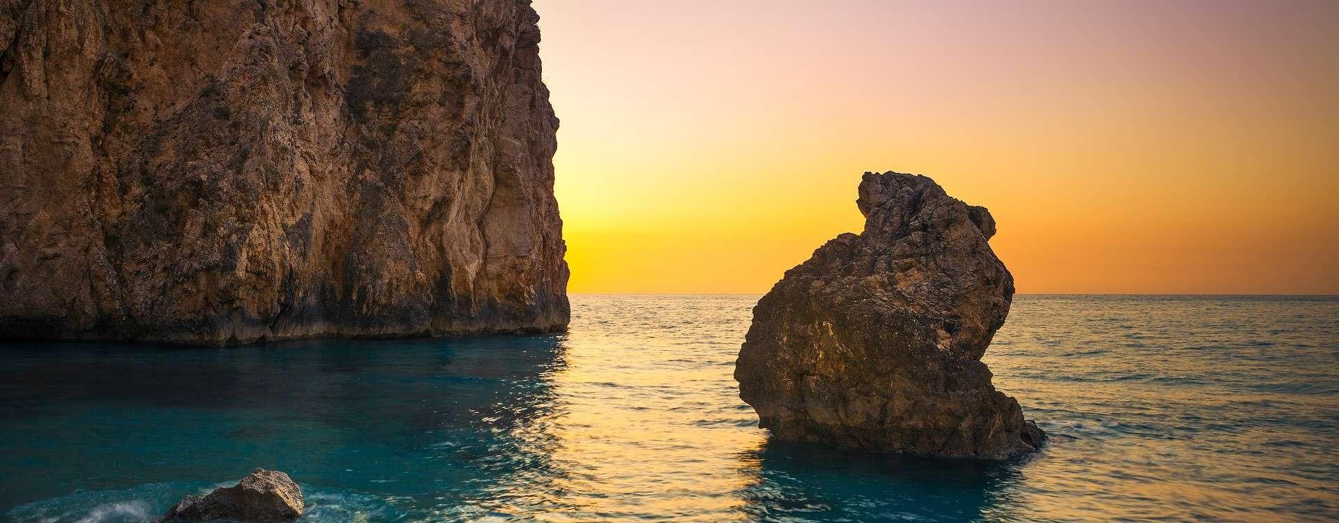 Sunset-at-Milos-Beach-in-Lefkada-Greece